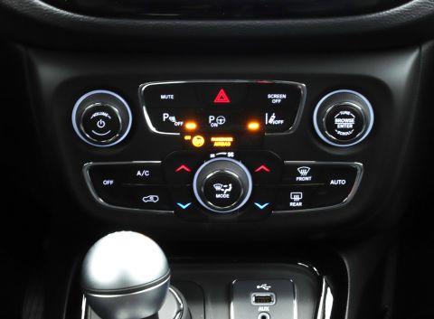 Ficha técnica de Jeep
