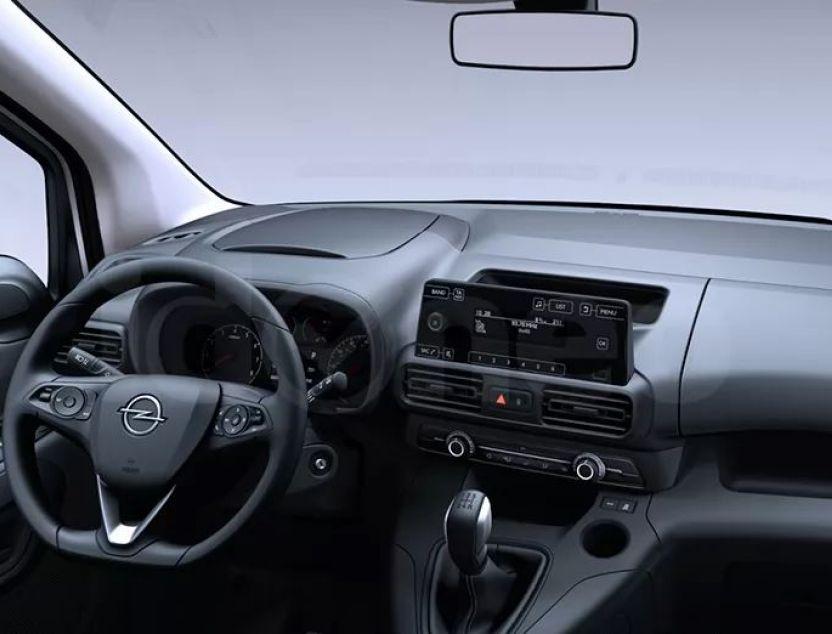 Interior de Opel Combo