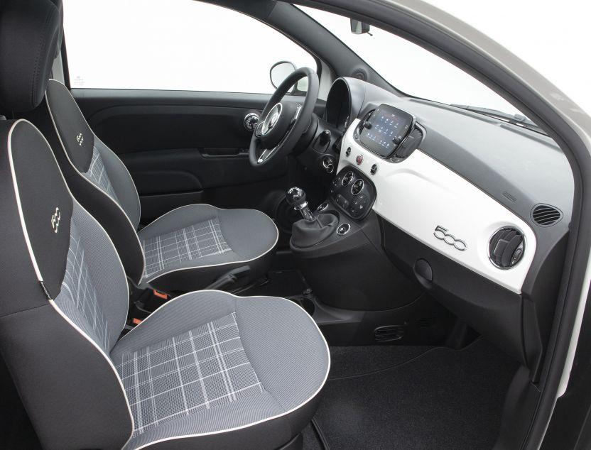 Interior de Fiat 500