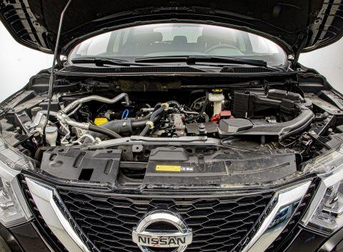 Ficha técnica de Nissan