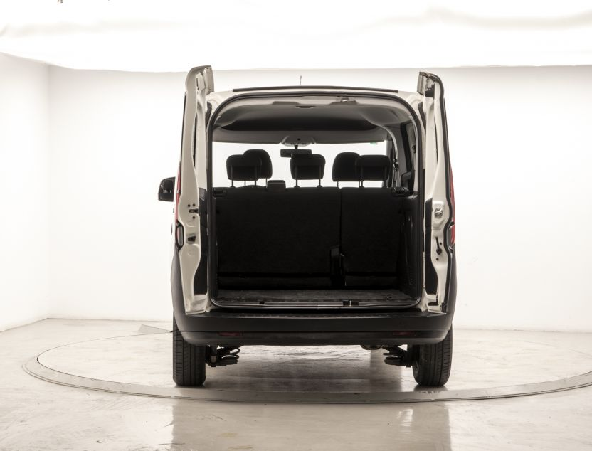 Exterior de Fiat Doblo
