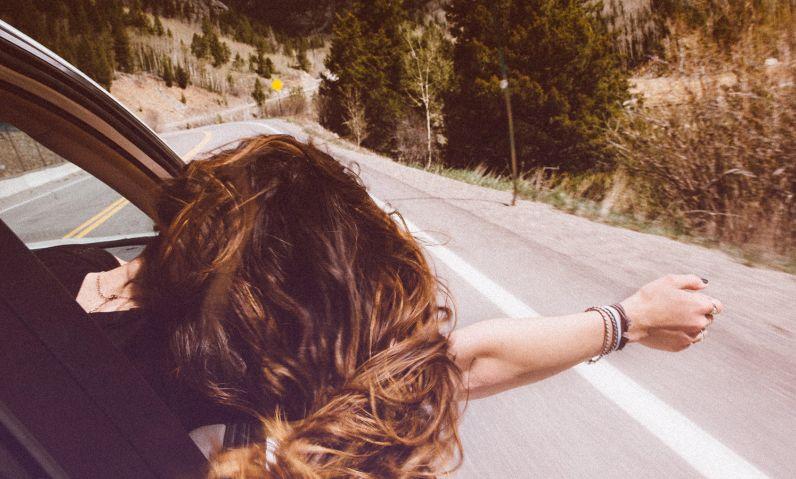 Todo lo que necesitas saber para pasarte al renting de  CAR&Ü