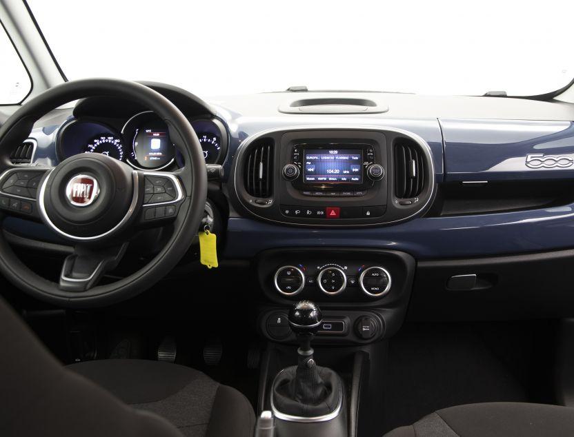Interior de Fiat 500L